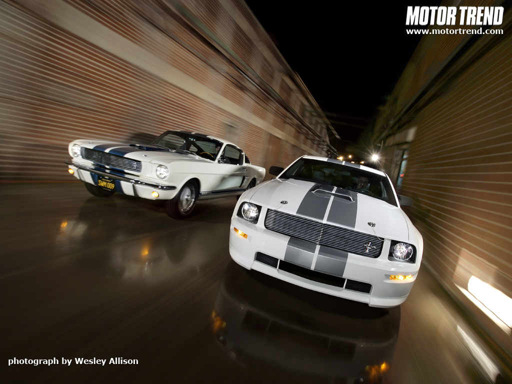 112_0704_02wm_ford_shelby_gt_shelby_gt500_front_view_1024