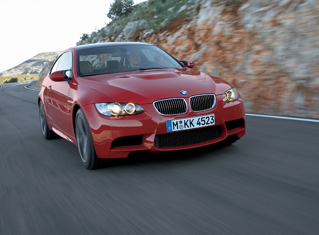 2008_bmw-m3coupe_hi001