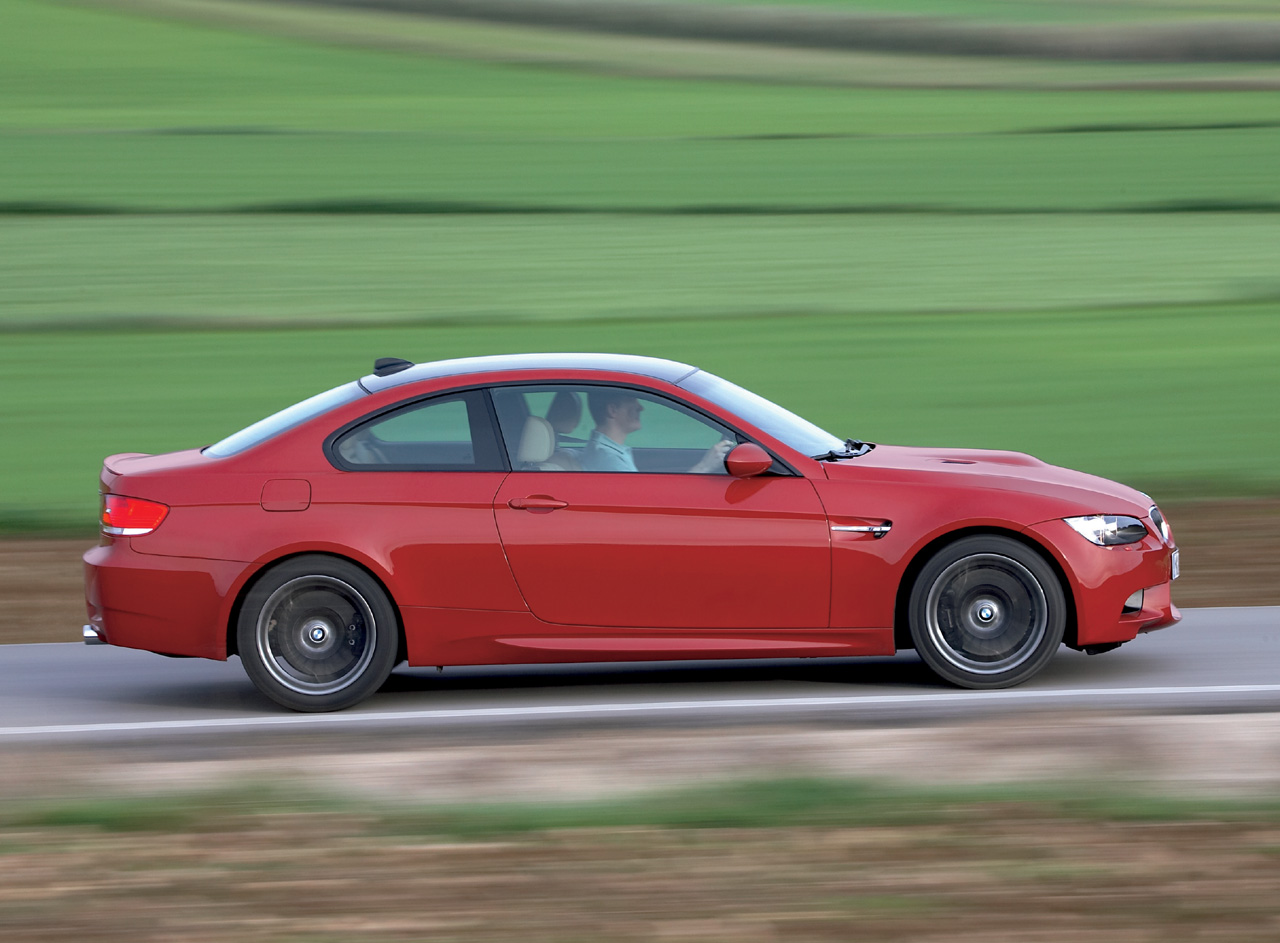 2008_bmw-m3coupe_hi010