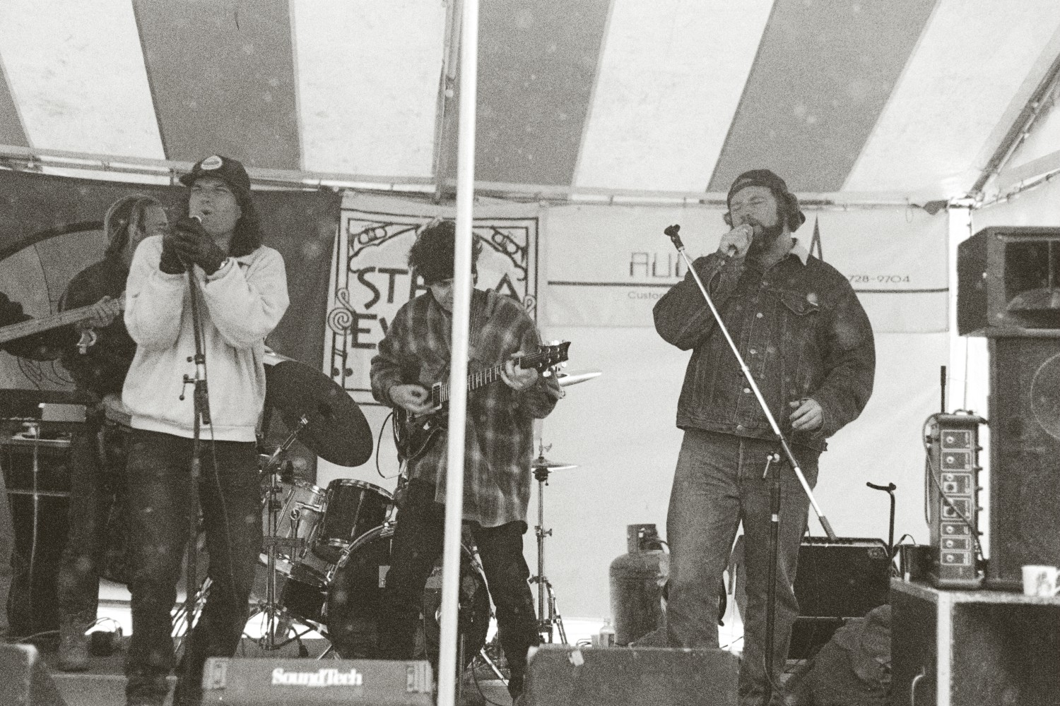 027-_Performing_with_The_Dude_of_Life_4-9-95_in_Telluride_CO