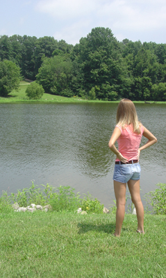 Krista_modeling_in_Boggs_Lake0007
