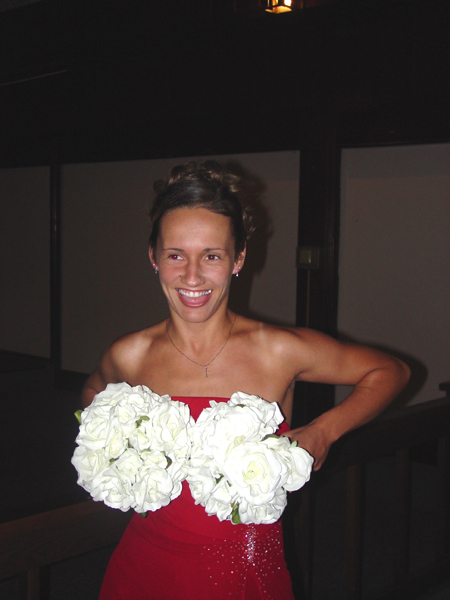 Rita_and_her_bouquet_boobs_small